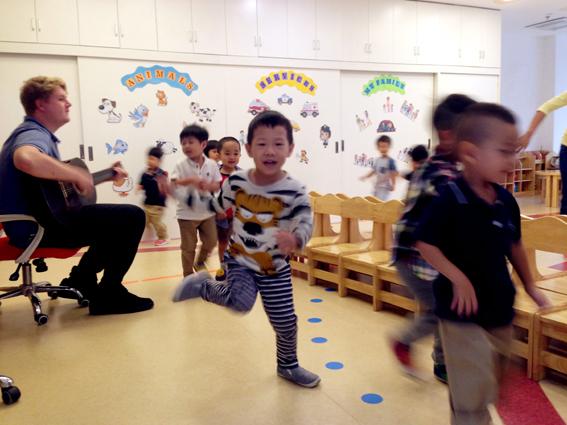 我和新来的女老师_我和我的老师们_主题活动_主题活动_龙湾园——北京市新英才学校